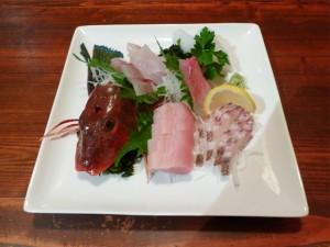 地魚お刺身盛合せ(南紀勝浦・串本産の旬な魚)